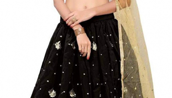 Amazon – Best Semi Stitched Lehenga Starting at Rs.199